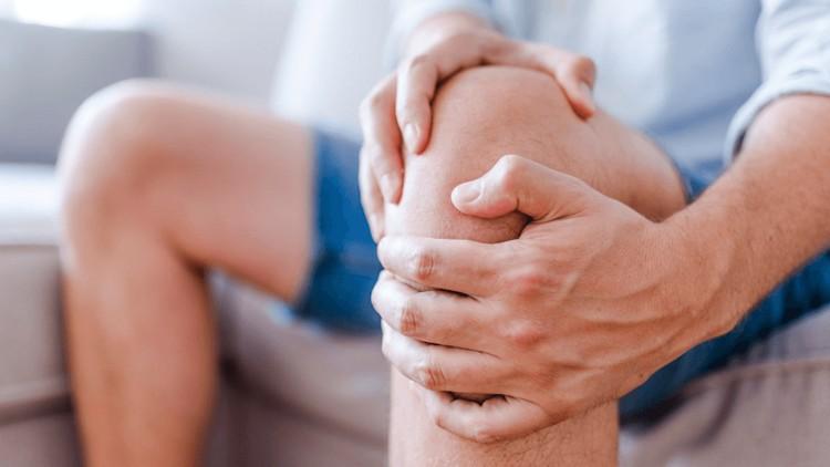 Причины возникновения болей в коленном суставе