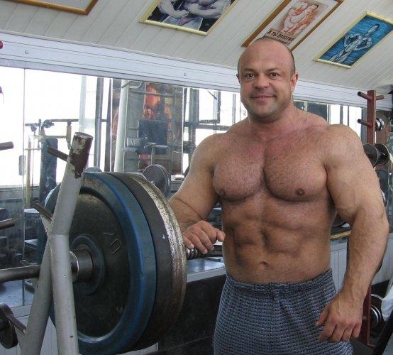 vladimir-kravcov-powerlifting